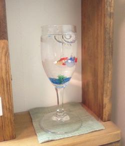ガラスの金魚,ガラス