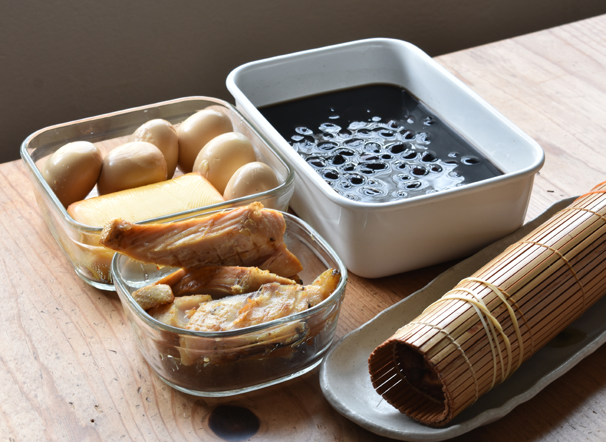 スモーク,黒豆,伊達巻き